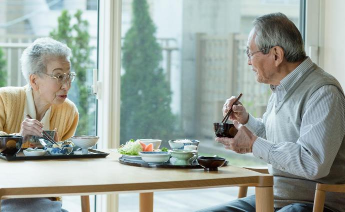 唾液分泌を促進する〝うま味〟で高齢者の味わう力を取り戻す!